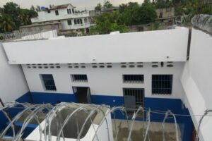 Centre : des détenus contrôlent la prison civile de Hinche 1