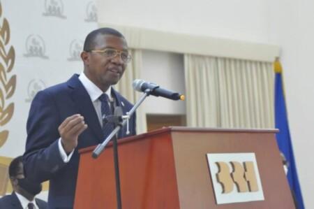 Stabilité macro-économique et change : le gouverneur de la BRH tente de rassurer les Citoyens