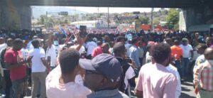 Marche contre la dictature en Haïti : le BINUH et l'ambassade américaine dénoncés pour leur support à Jovenel Moïse