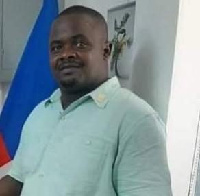 Port-au-Prince : le commis parquet en chef, Wilbert Rhau arrêté pour détournement de corps du délit