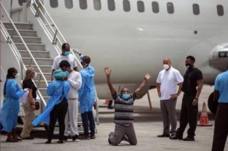 """Haïti : poursuite de la déportation des compatriotes réfugiés sous le pont de """"Rio Grande"""", au Texas"""
